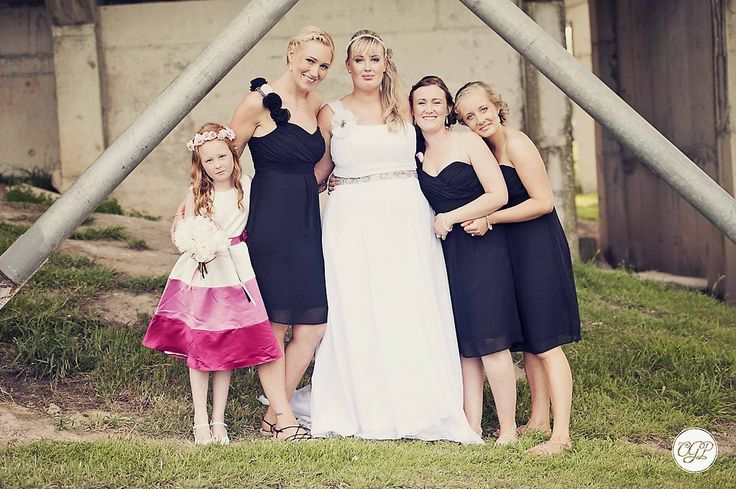 Love this! Classic black and her cute wee flower girl xx