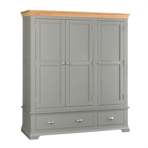 Henley Grey Triple Wardrobe (Q413) with Free Delivery | The Cotswold Company - 1043.002