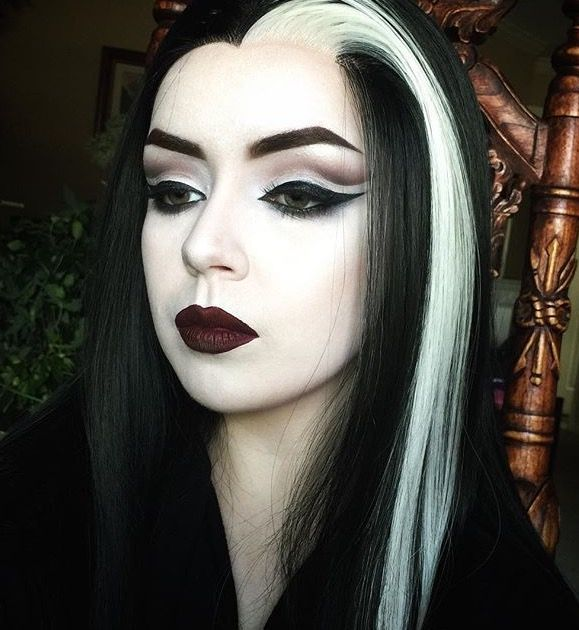 Lily Munster makeup and wig by cruellydeparted on instagram