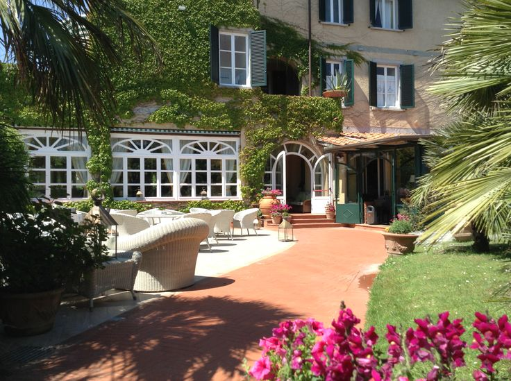 Luxury boutique Hotel Villa. Travel in Tuscany.