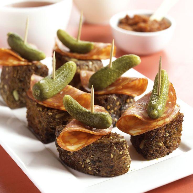 Recept Pittige broodspiesjes met chorizo en augurk - Brood.net
