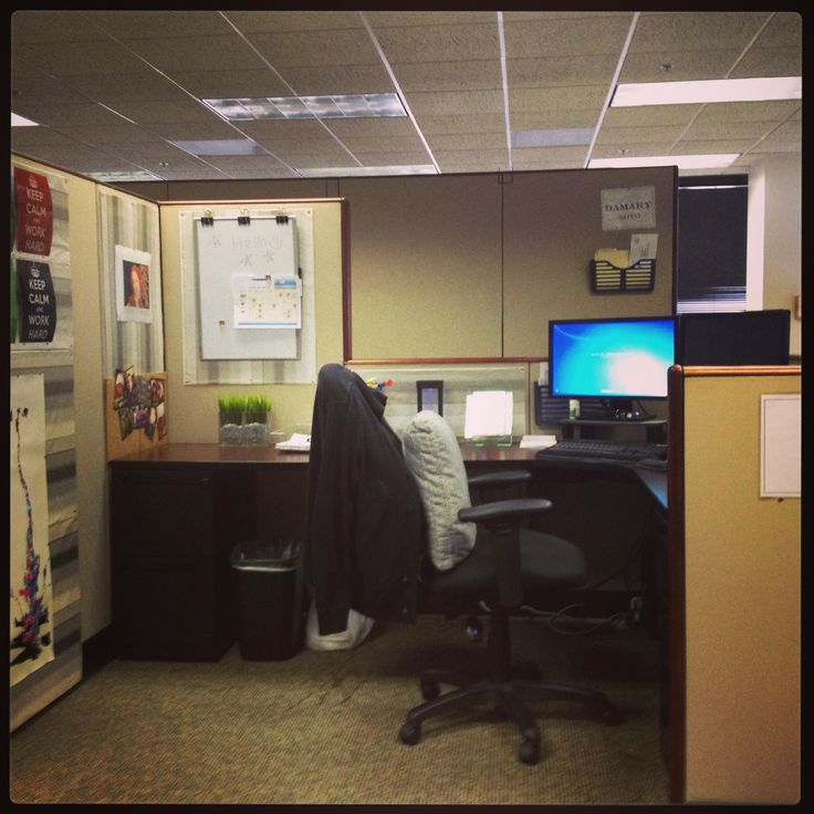 65 best images about cubicle decor on pinterest Cubicle desk decorating ideas