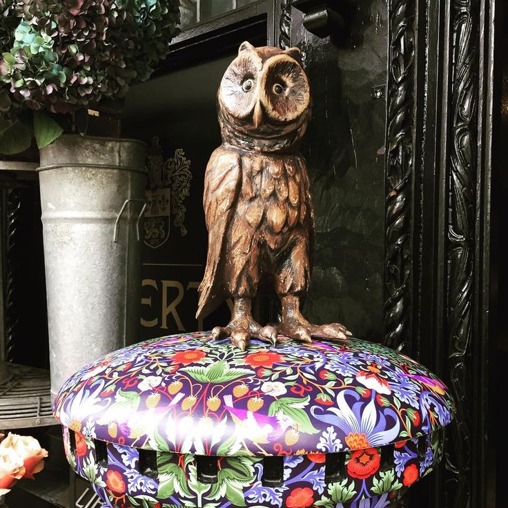 The holiday season has arrived in full swing at @libertylondon Love this owl perched on a liberty print postbox. #inspirational #libertyoflondon #libertyfabric #fabric #owls #holidaytime #londontown #londonlife