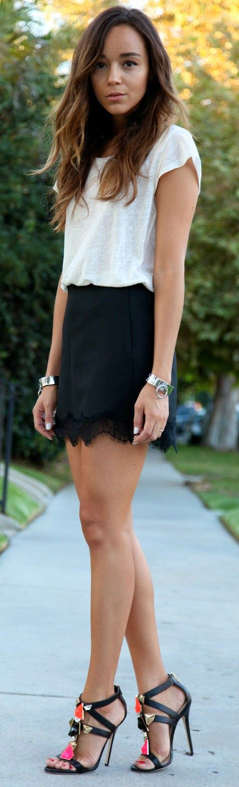 Love this look, simple black & white.