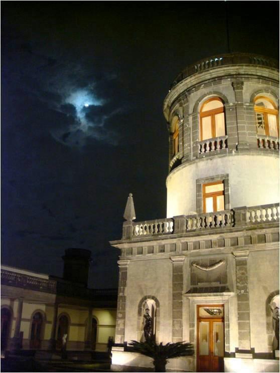 Mexico City, Castillo de Chapultepec  https://www.pinterest.com/30Gertrudis/hcastillo-de-chapultepec/