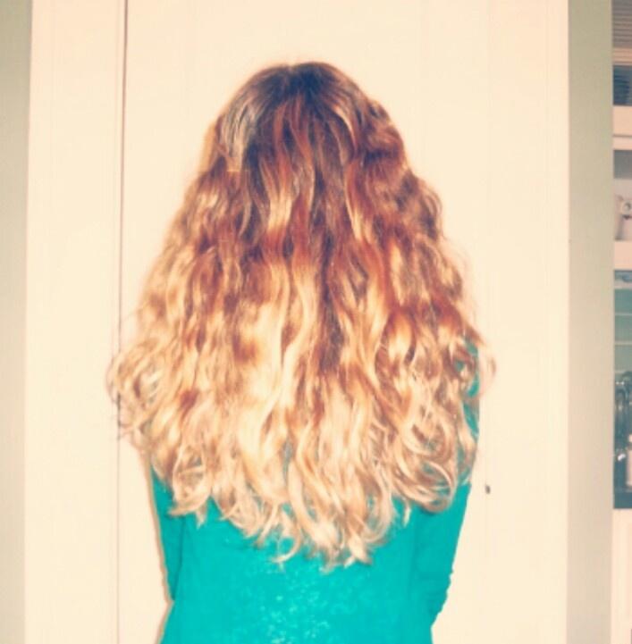 My hair is finally ombré!