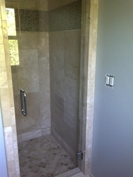 17 best ideas about small shower stalls on pinterest small showers small shower remodel and. Black Bedroom Furniture Sets. Home Design Ideas
