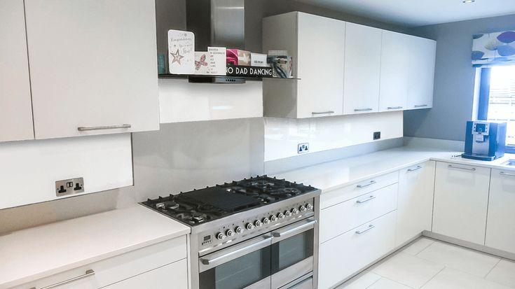 17 best ideas about splashbacks for kitchens on pinterest for Cheap kitchen splashback ideas