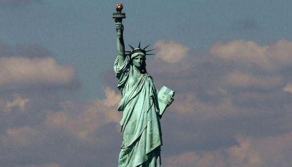 Benarkah! Patung Liberty Adalah Sosok Perempuan Muslimah?
