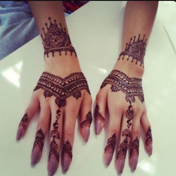 Black henna tube One tube lasts for several applications. A tube is also easier to use than the henna cones that other people sell. Makeup