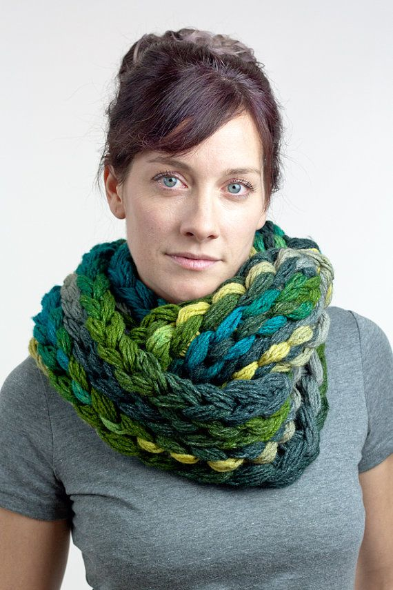 Finger knit chunky infinity scarf - green & teal ...