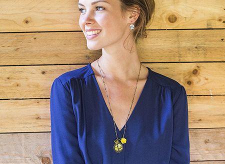 DIY necklace Ice Resin. By Veritas.