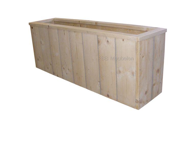 Bloemenbak van steigerhout lxbxh 62x62x62cm. Wilt u de levensduur verlengen, dan adviseren we u om tegen een geringe meerprijs de binnenkant van de bak te laten bekleden. Ook kan het handig zijn de bak op wielen te zetten. Vol zijn ze niet meer te tillen.