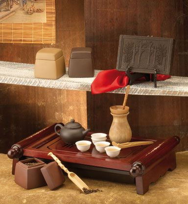 Chinese tea ceremony-Gongfu Cha is the name of the Chinese tea ceremony, an elegant way to serve and appreciate the taste of tea ...:)
