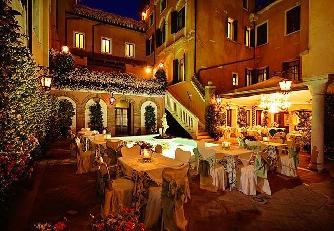 Giorgione courtyard