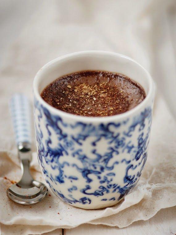 Petits pots de crème au chocolat at au piment d'Espelette - chocolate pots with Espelette pepper (French recipe) | Madame Gateau