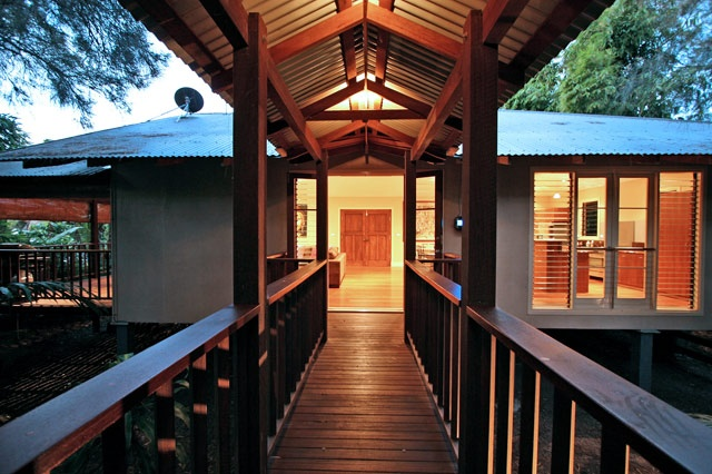 Laanecoorie - 4 bedroom Bali pavilion house close to town. Check out our Hot deal for winter!