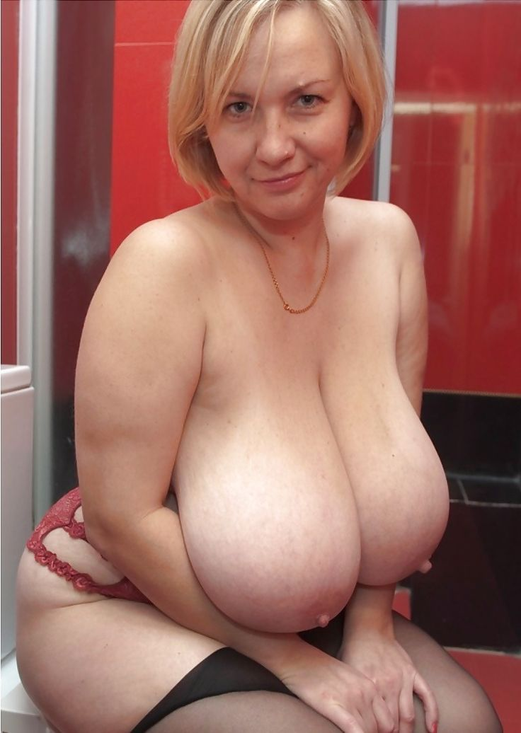 Mature Busty Interracial 77