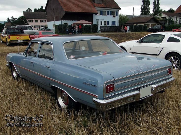 chevrolet-chevelle-malibu-sedan-1965-02