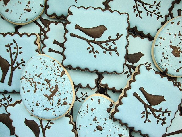 Bird and egg cookies.