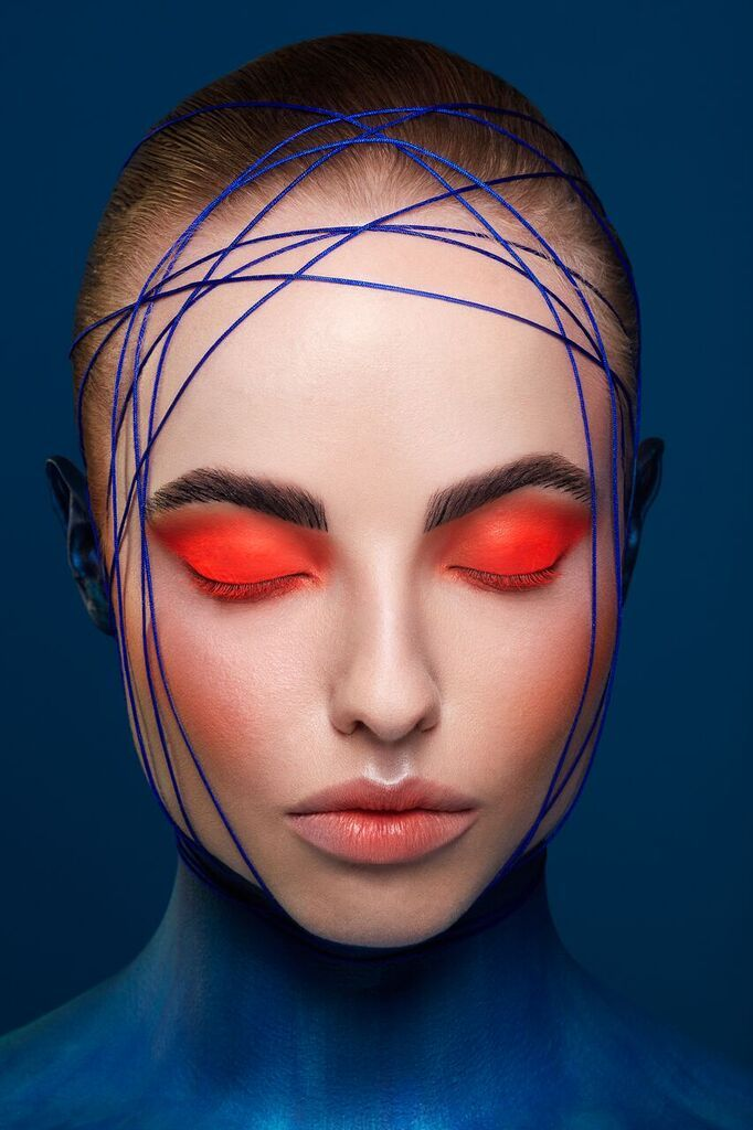 Creative Beauty & Neon Eye Makeup with Body Painting inspired by The Regal Angel Fish by Karla Powell For Kuoni Travel