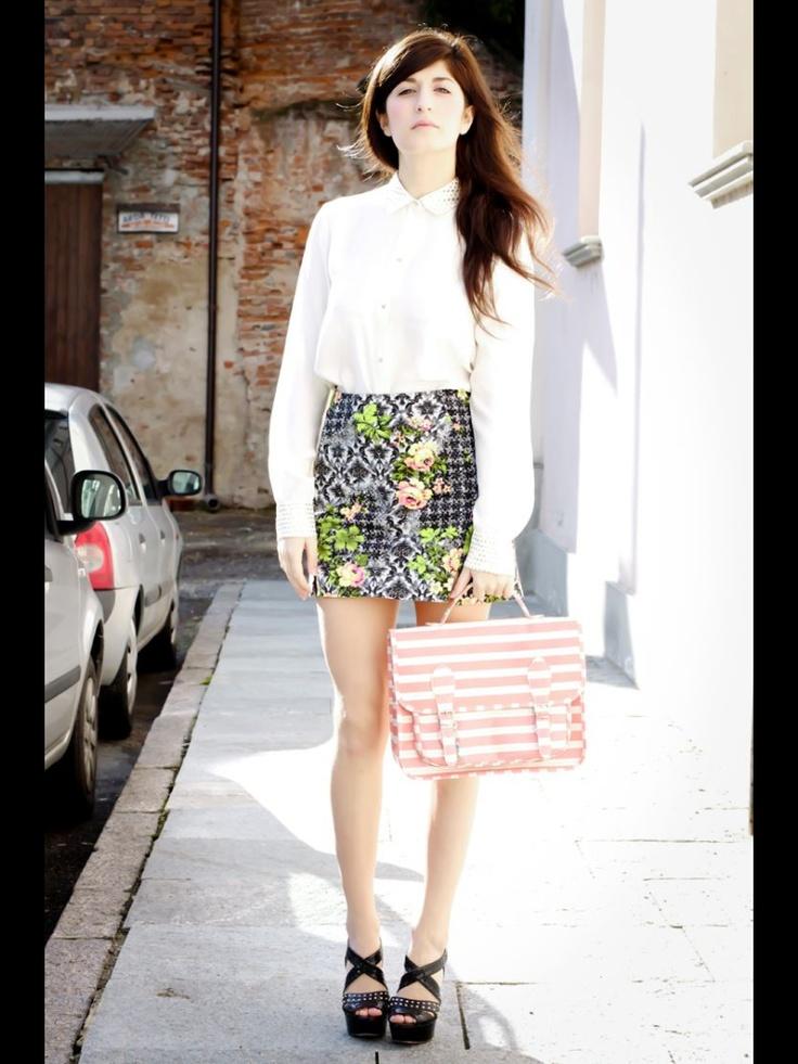 Lovely Valentina Siragusa www.factorystyleblog.com