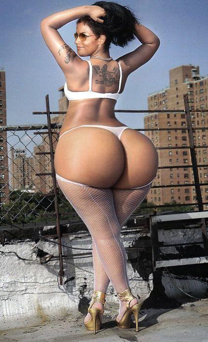 Sexy latina stip naked