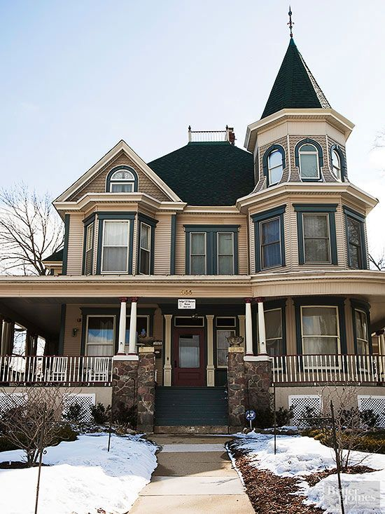 Best 25 victorian style homes ideas on pinterest for Classical style house