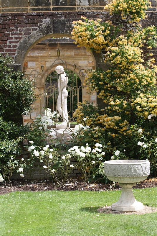 Hever Castle gardens, Kent, UK (Hever Castle was the home of Anne Boleyn, second wife of Henry VIII).