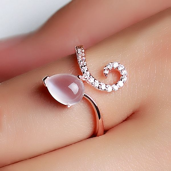 Chic Natural Moonstone Rose Gold Plated Silver Women Ring   http://www.jewelsin.com/p-chic-natural-moonstone-rose-gold-plated-silver-women-ring-1184