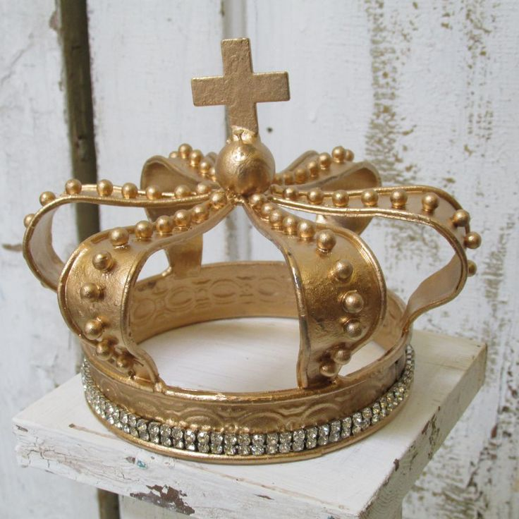 Gold crown with rhinestones