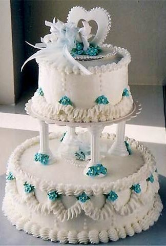 Our cake looked just like this one. :)