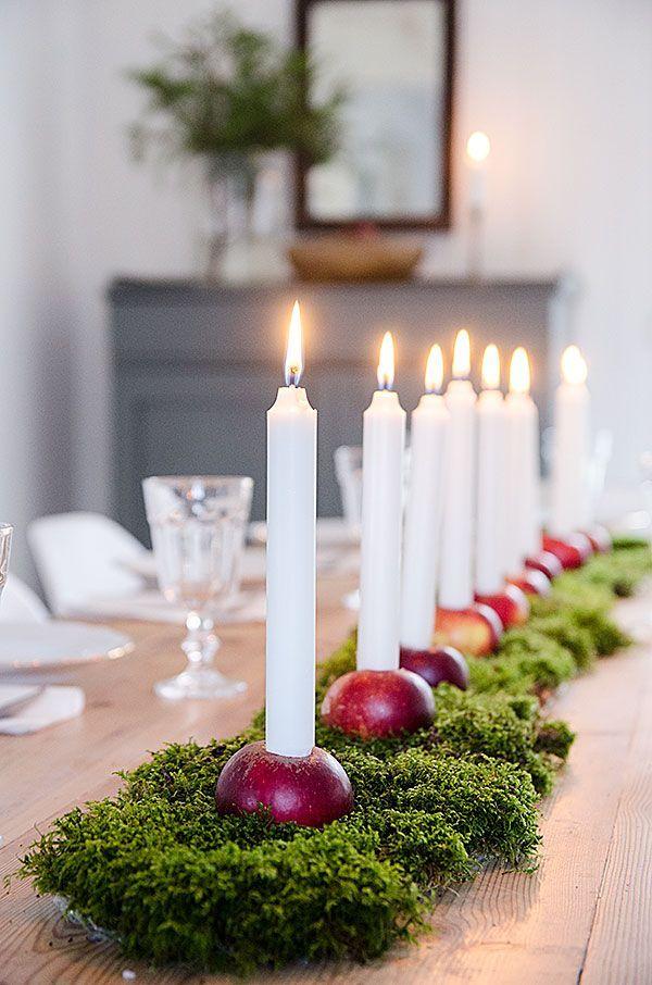 Bordet står redo för julfrukosten i morgon bitti. Det blir gröt och skinkmacka sedan blir det traditionellt julfirande med f...