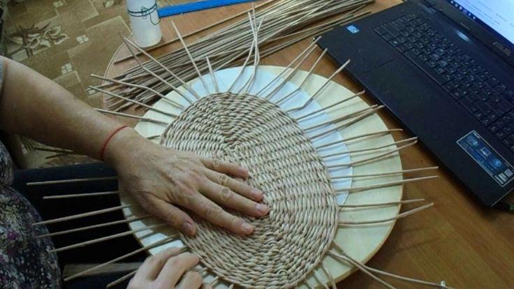мк ажурной корзины часть 1. ажурная корзина из бумажных трубочек, ручка с вышивкой.