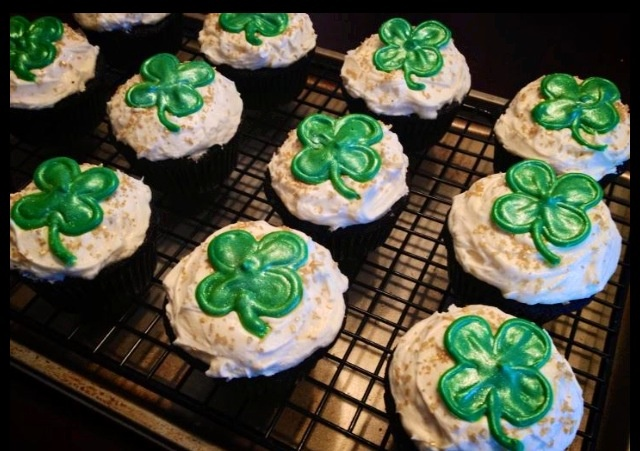 Guinness dark chocolate cupcakes with Bailey's Irish cream and Irish ...
