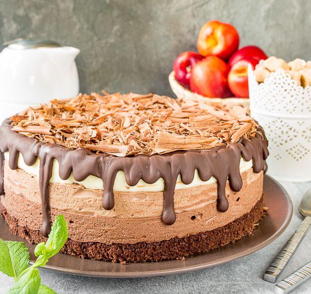 chystáte oslavu a chcete prekvapiť vlastnou tortou?Vyskúšajte túto z troch čokolád..
