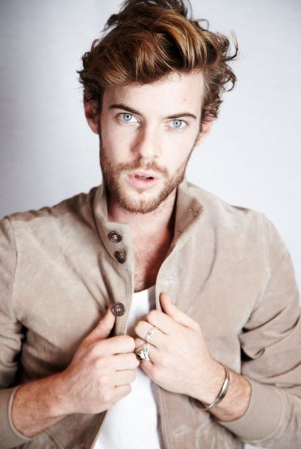 Harry Treadaway photos, including production stills, premiere photos and other event photos, publicity photos, behind-the-scenes, and more.