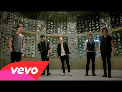 Gli One Direction presentano il nuovo video... e fanno un tuffo nel passato!http://tuttacronaca.wordpress.com/2013/11/05/gli-one-direction-presentano-il-nuovo-video-e-fanno-un-tuffo-nel-passato/