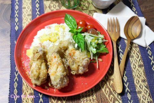 久し振りにレシピブログさん×ハウス食品さんのスパイスモニターに参加しました♪だって、お題が「タイ料理をおうちで作ろう!」なんだもん( 艸`*)ウフフ☆うちは旦那ちゃんがタイ料理好きなんですよー(笑)「タイ風唐揚げ☆ガイトート」ガイトート(タイ風唐揚げ)☆材料・作り方☆(2~3人分)・鶏手羽元        6本○グリーンカレーペースト 小2○ヨーグルト       小2○にんにくチューブ    小1○生姜チューブ  ...