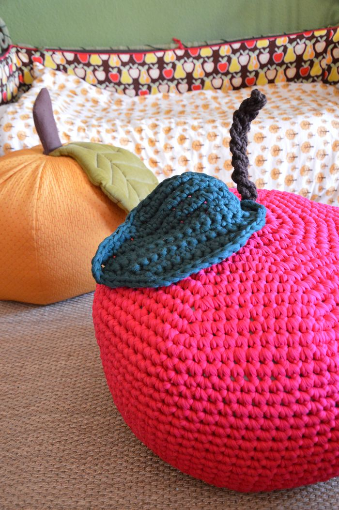 DIY : un pouf pomme au crochet « Blisscocotte