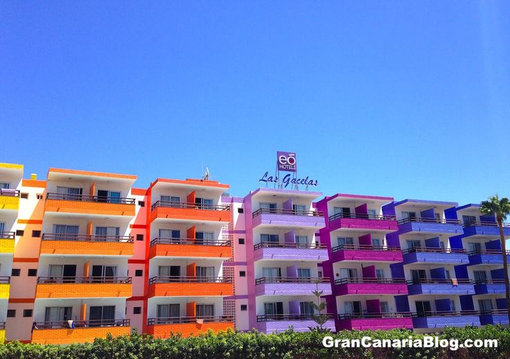 Playa Del Ingles Villa  Bed