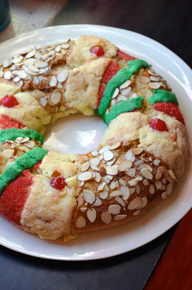 Rosca de Reyes for Three Kings Day (Día de los Reyes) via @alejandraramos