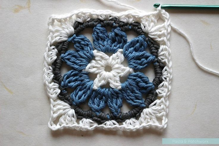 Anemon Çiçeği Bebek Battaniyesi Yapılışı , Örgü bardak altlığı modeli, örgü tutacak modelleri , bebek battaniyesi modelleri, koltuk şalı modelleri, tığ işi kırlent modelleriolara... ,  #crochet #motiflibebekbattaniyesimodelleri #motifliörgümodelleri #örgübardakaltlığımodelleri #örgükırlentmodelleri #tığişiörgümodelleri https://mimuu.com/anemon-cicegi-bebek-battaniyesi-yapilisi/