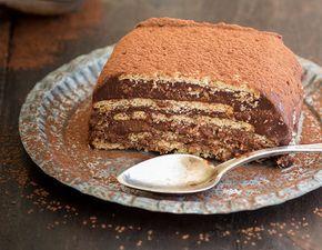 Tarta de café, leche condensada, galletas y chocolate. 10 exquisitas tartas hechas con galletas que se salen de todo lo convencional – La voz del muro