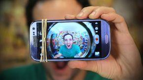 Com apenas um olho mágico usado em portas, faça uma lente olho de peixe caseira e use no seu celular!