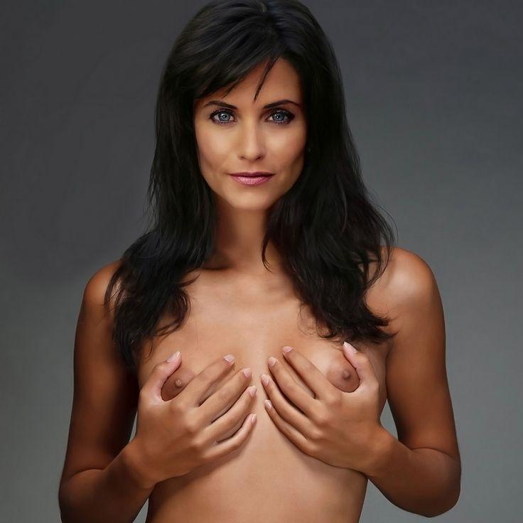 Sexy nude courteney cox