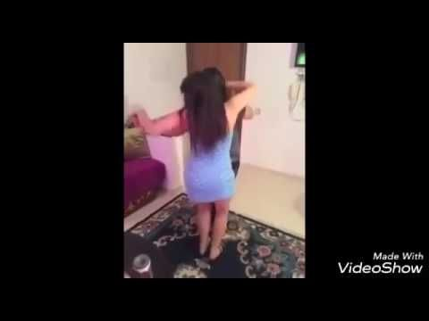 Girls Twerking Dancing and Shaking 2016