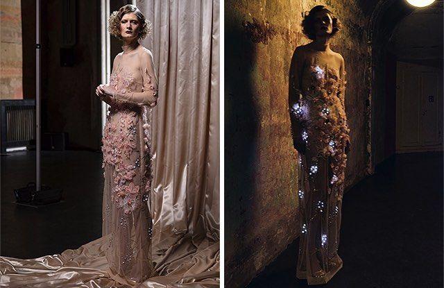 Memperingati meninggalnya aktris legendaris Marlene Dietrich perusahaan start-up ElektroCouture merilis ulang dress ikonis yang dikenakannya di sebuah pertunjunkan kabaret di Las Vegas pada tahun 1958. Dibalik nuansa feminin dan detail ornamen yang intricate terdapat suatu inovasi teknologi yang melampaui zamannya. Lisa Lang selaku pemilik perusahaan ini menerangkan bahwa Marlene menulis pesan khusus pada costume designer bahwa ia menginginkan sebuah dress yang dapat menyala dalam kegelapan…