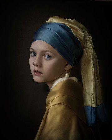 Meisje met de parel by Gemmy Woud-Binnendijk