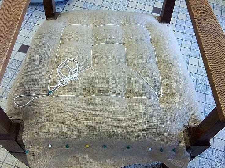 les 12 meilleures images du tableau retapisser un fauteuil sur pinterest fauteuils refaire et. Black Bedroom Furniture Sets. Home Design Ideas
